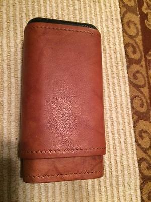 Tan Leather 3 Finger Cigar Case Cedar Lined Holds 3 Cigars   New in Box  C039
