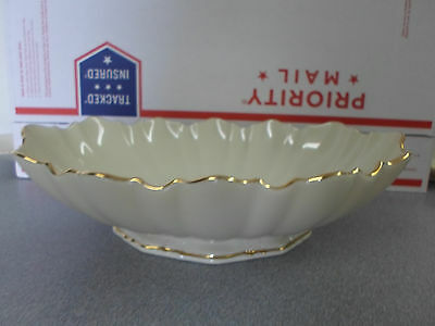 Lenox Symphony Oval Scalloped Centerpiece Bowl Dish Footed Gold Leaf Trim Ivory