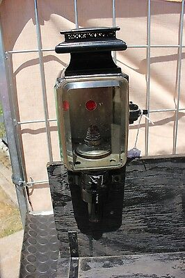 ~ 33-40  Single post mount candle burning horse drawn carriage lamp antique