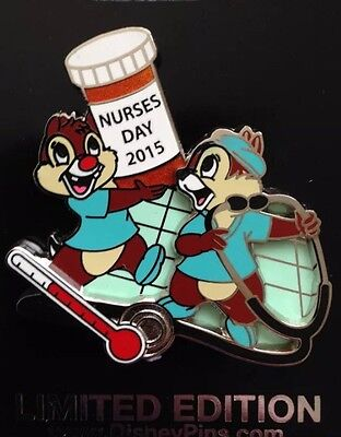 Disney Pin Nwt Nurses Day 2015 Chip And Dale Needle Pills Scrubs Medical On Card