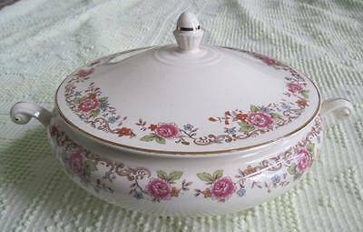 1950 Homer Laughlin Eggshell Nautilus Floral Covered Casserole