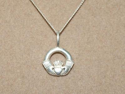 "Vintage PETITE Sterling Silver Celtic Irish Claddagh Pendant 16"" Chain Necklace"