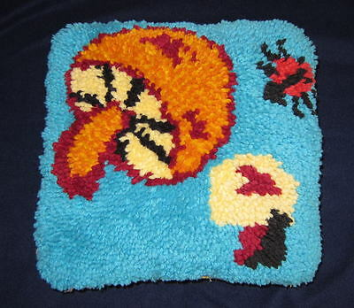 Vintage Retro MUSHROOM 70's Completed Latch Hook Throw PILLOW Decor Groovy