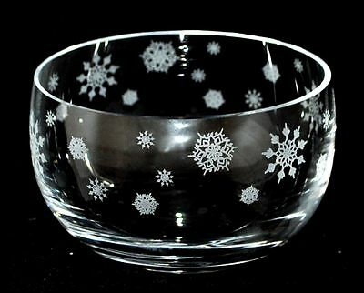 *SNOWFLAKES* Boxed 12.5cm CRYSTAL GLASS SWEET BOWL with CHRISTMAS design