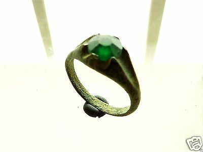 Post Medieval bronze  ring with green glass insert (376)