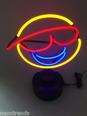 SMILEY Neonleuchte Neon sign Leuchtreklame Neonreklame light Neonschild news