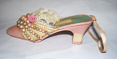 "4"" long Victorian Shoe Christmas Ornament Peach, real lace & green, cream beads"