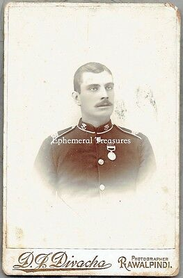 British soldier, India, wearing medal - Superb Cabinet Card. Divacha, India