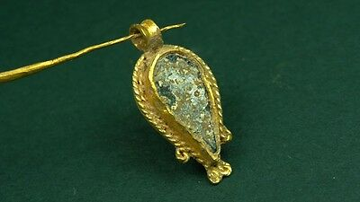Ancient Gold & Glass Pendant Tear Shape Greco-Roman 200 Bc-100 Ad