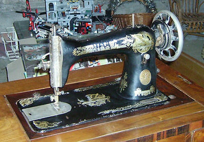 Macchina Da Cucire Singer A Pedale Con Mobile The Singer Trade Mark 1930 Vintage