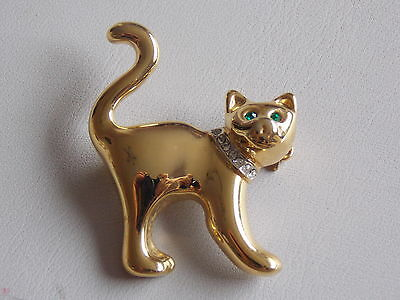 Comical Green Eyed Startled Cat Gold Tone & Diamante Brooch