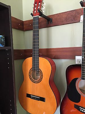 New Open Box Madera Full Size Classical Nylon String Acoustic Guitar
