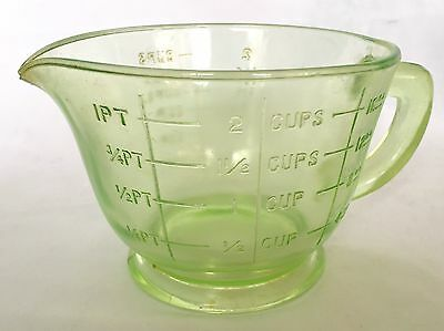 Sweet Vintage Depression Green Glass Measuring Cup, 2 Cup, Excellent