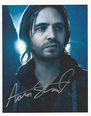 Aaron Stanford - 12 Monkeys signed photo