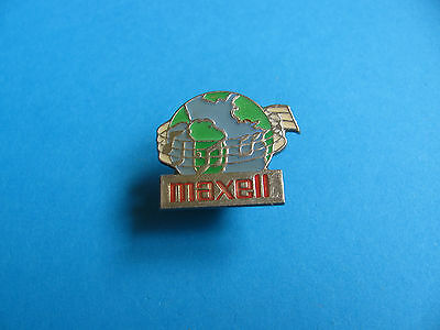MAXELL Pin Badge. Good Condition.
