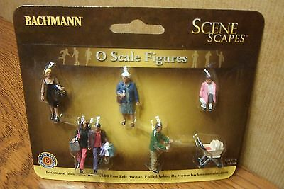 Bachmann Scene Scapes Strolling People O Scale Figures