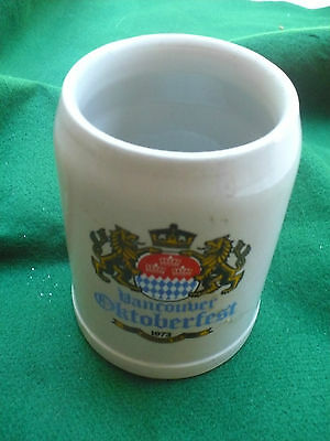 Oktoberfest 1975 Vancouver BC 1973 beer stein German made 0.5 Lcoat of arms
