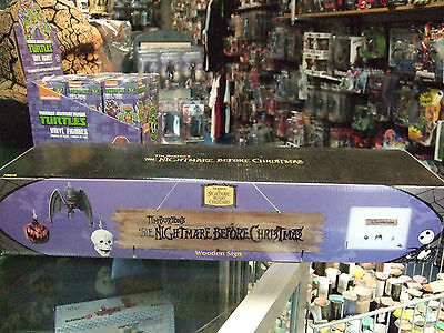 NIGHTMARE BEFORE CHRISTMAS Tim Burton Movie WOODEN WOOD SIGN with ORNAMENTS NECA