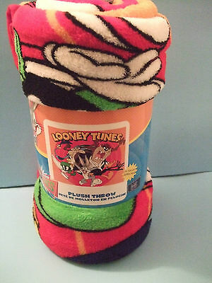 Looney tunes Plush Throw size 50 x 60 inches NEW