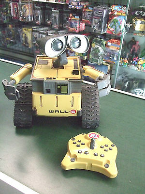 Disney Thinkway U-Command Wall-E with Remote Control Interactive^Toy Robot