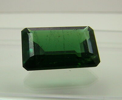 Echter facettierter achteckiger Turmalin ( 8,35 Carat ) 15,5 x 10 mm  in Box