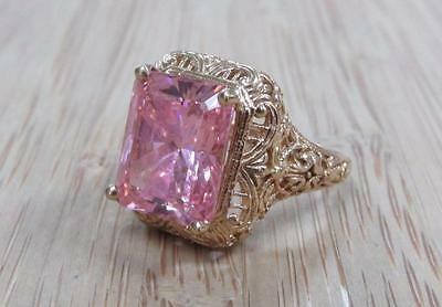 Pink Stone Solitaire / 10KT Yellow Gold Ring Size 6 ~ 5.9grams ~ CS-3196