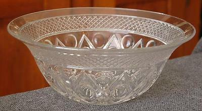 """Lovely Imperial """"cape Cod"""" 11-Inch Salad Bowl"""