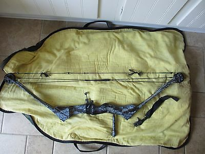 VINTAGE USED BROWNING XCELLERATOR COMPOUND BOW,case,quiver 50-60LB. CAMO PAINT