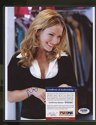 Becki Newton Signed 8x10 Photo PSA/DNA COA AUTO Autograph