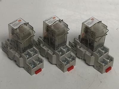 Schneider / Magnecraft Plug in 8 Pin Relay 782XBXC With Base 70-459-1 GOOD USED
