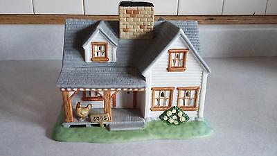 Partylite Villages The Farmhouse Tealight Candle Holder PO5332 Retired