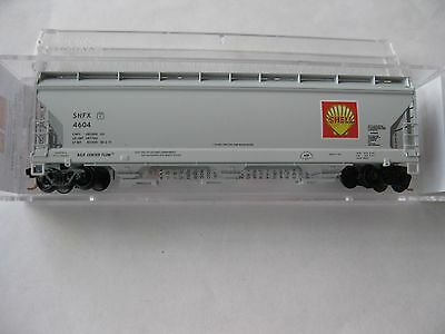 Micro-Trains #09400210 Shell Oil Company 3-Bay Covered Hopper N-Scale