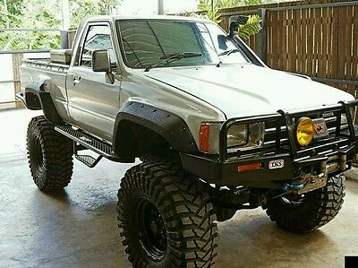 Toyota Hilux 1984 wide wheel arch/extender/Guard/flares