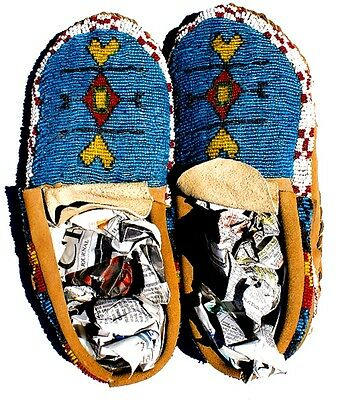 """Vintage Antique 10.5"""" Native American Sioux Indian Full Bead Moccasins"""