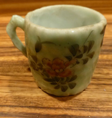 Nice Antique chinese small celadon cup [Y7-W6-A8]