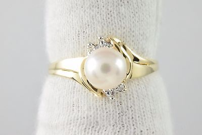 Women's 7.0 mm White Natural Pearl & Diamond .04 ct G/SI1 Cocktail Ring 10k Gold