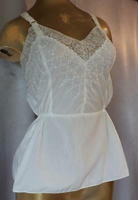 VICTORIAN BOHO LACY EYELET 1970s Vintage FITTED COTTON CAMISOLE TOP sz 36