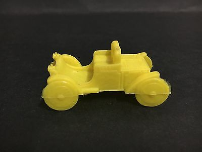 """Cereal Toy 1961 Car Series """"oldsmobile"""" Yellow"""