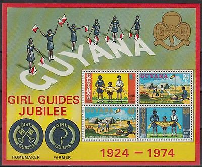 Guyana 1974 ** Bl.1 Pfadfinderinnen Girl Scouts Scouting [st0737]