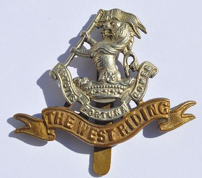 WWI or WWII UK Great Britain Duke of Wellington's Regiment Cap Badge WEST RIDING