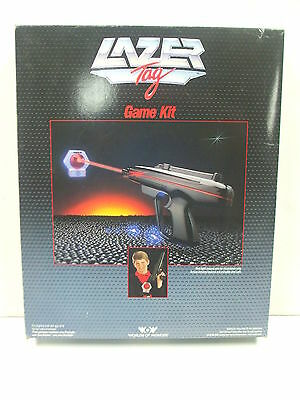 LAZER TAG Set - 1986 Worlds of Wonder WOW Game Kit BOXED and Tested (B)