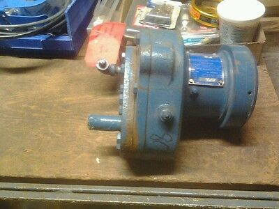 BLACKMER HELICAL GEAR REDUCER HR0 (7691) New old stock
