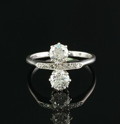 A RARE EDWARDIAN PLATINUM TWIN DIAMOND 1900 ca FINE RING!