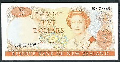 New Zealand - 1981-5 5 Dollar. P.171a. Sig HR Hardie. UNC.