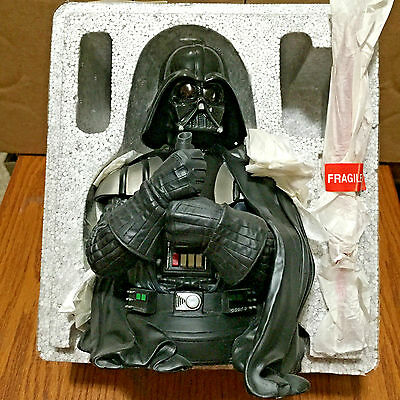 2005 Gentle Giant Darth Vader Star Wars Mini Bust 7087 Never Displayed