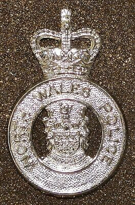 NORTH WALES POLICE - Q.C. OBSOLETE COAT of ARMS CAP BADGE - U.K.