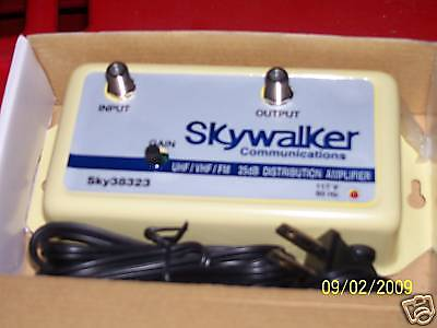Amplifier For Tv Signal Distributionn! 25 Db Signal Gain! Fast Shipping!  Nice!