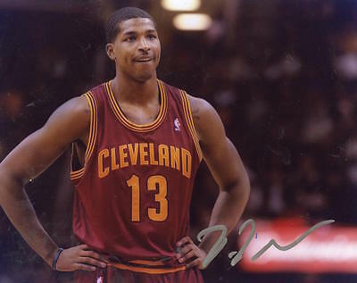 TRISTAN THOMPSON CLEVELAND CAVALIERS SILVER SIGNED AUTO 8x10 PHOTO W/COA