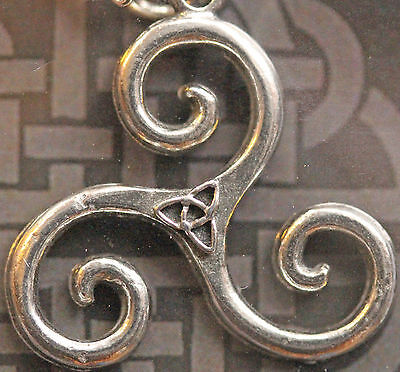 Celtic Triskele Pendant, lead-free pewter on silver chain with folder *[CTSPP]