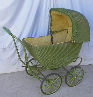 Antique Wicker Baby Buggy – Great original condition